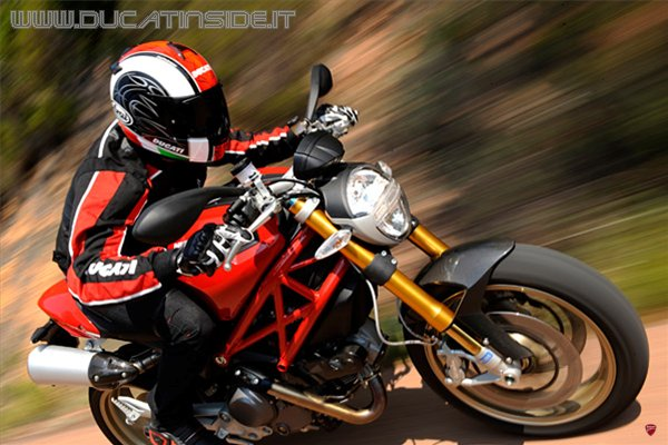 WMK_Ducati_Monster-Tour.jpg