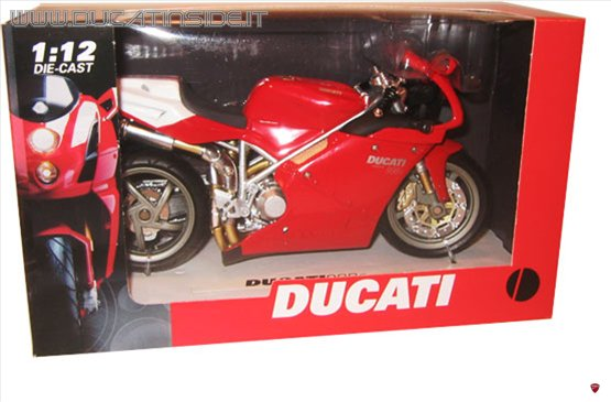 ducati_r_24.jpg